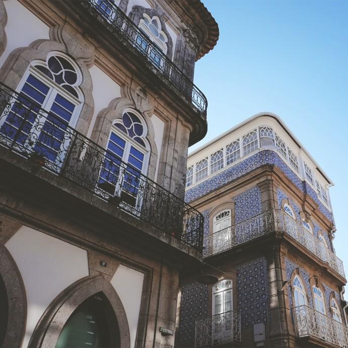 Tiled building in Valenca