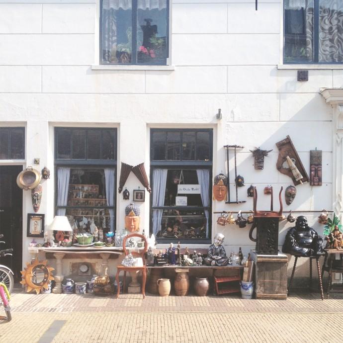 Antique treasure hunting in Naarden